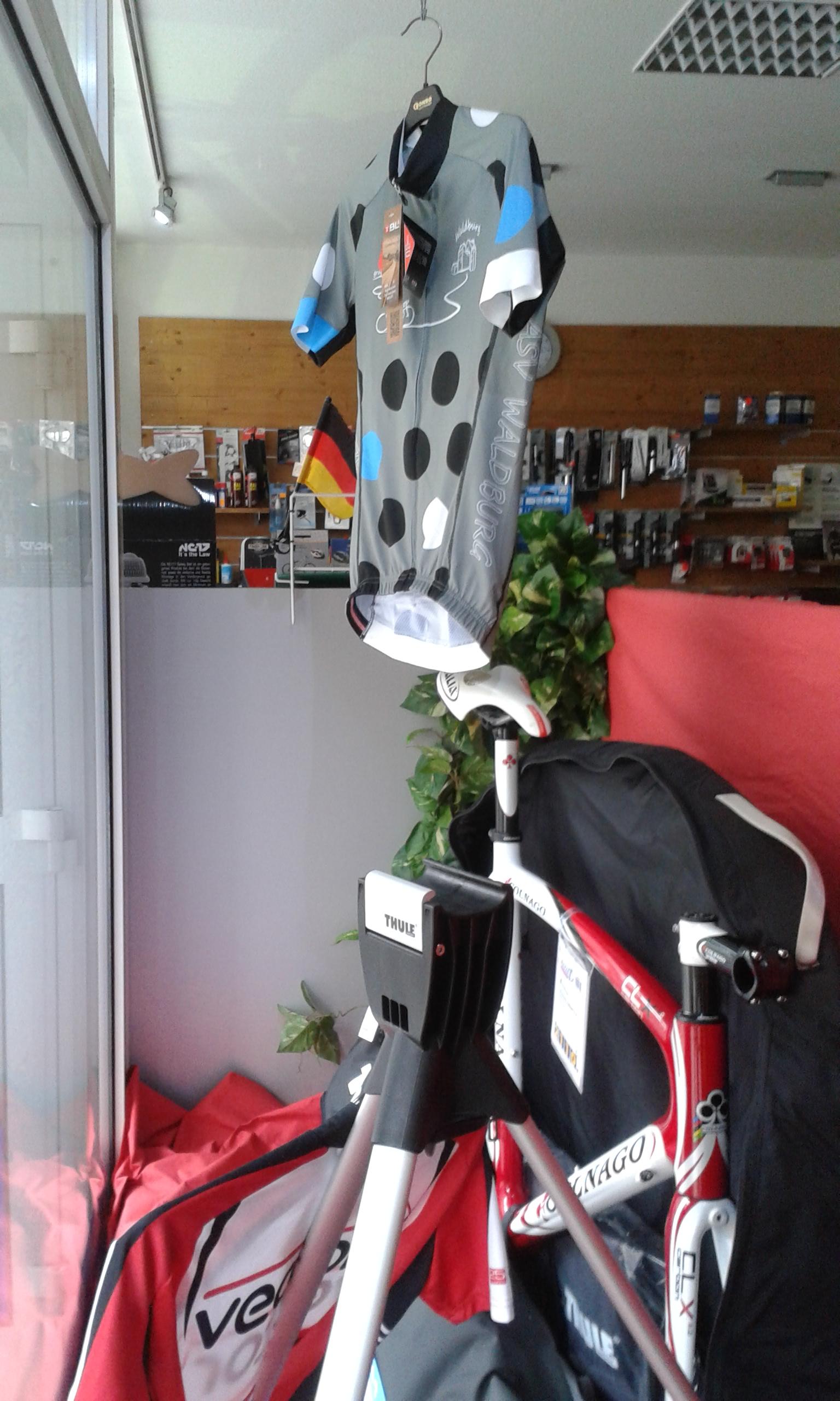 radtrikots selbst gestalten in mannheim willi altig sprintec sports. Black Bedroom Furniture Sets. Home Design Ideas